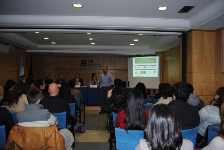 rolda-e-conferencia-de-coaching-na-cel